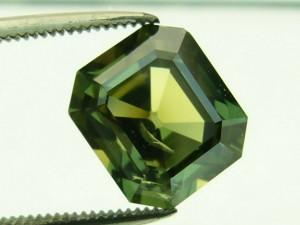 e7566 5.48ct. green sapphire
