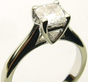 e8072 clarity enhanced 0.97ct.