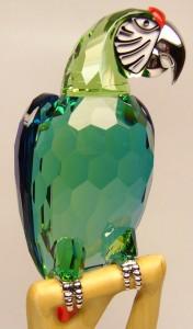 e8272.2 Swarovski Macaw parrot 685824