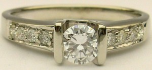 e8278 .37ct tw eng ring