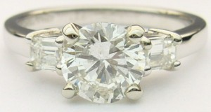 e8284.1 1.35ct tw SI2-H eng ring