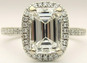 e8360 1.60ct VVS1-E emerald cut Simon G ring MR1842-A