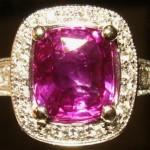e8379.3 Fushia sapphire ring