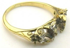 e8398.2 worn out antique ring