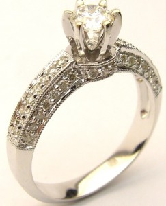 e8439 18kt 0.58ct tw eng ring