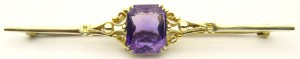 e8839 Ryrie antique amethyst brooch