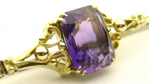 e8839.1 Ryrie antique brooch amethyst