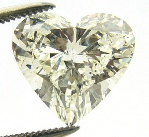 e8911 3.26ct. heart shaped diamond I1-K