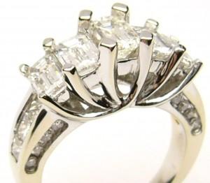 e6792.1 emerald cut diamond ring