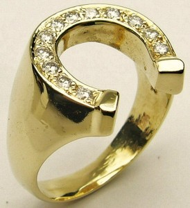 e9250 horseshoe diamond ring 14kt.