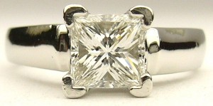 e9264 1.00ct. princess cut diamond ring