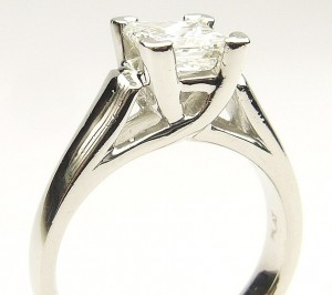 e9264.1 platinum princess cut diamond ring