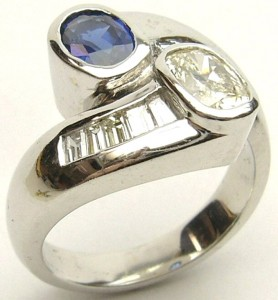 e9288.1 diamond and sapphire ring