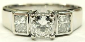 e9362.1 3 stone custom diamond ring