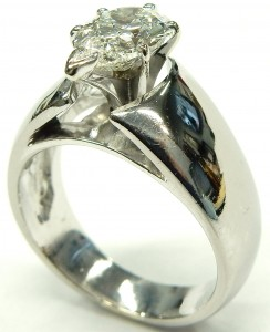 e9371 18kt. 1.65ct. I1-JK pear shaped diamond solitaire