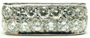 e9372 square diamond anniversary ring