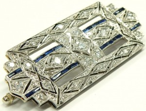 e9379.1 Art Deco diamond and sapphire platinum brooch