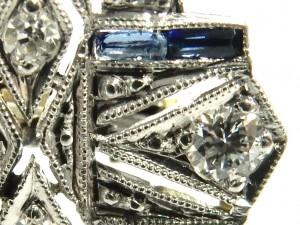 e9379.1 Art Deco platinum 18kt. diamond and sapphire brooch