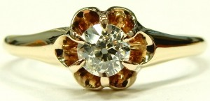 e9573 0.32ct. European cut antique engagment ring