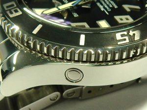 e9635 Breitling SuperOcean helium release valve A17364