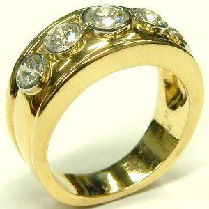 e9445 Cavelti BIRKS 18 karat platinum diamond ring