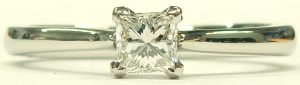 e9656 0.40ct. internally flawless D princess cut platinum diamond ring