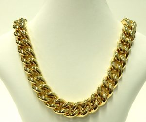 e9747 curb link necklace 18 karat