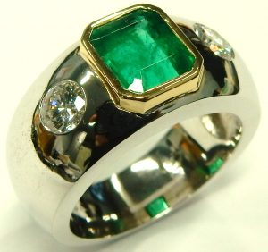 e9755 emerald and diamond ring 18 karat custom made 001