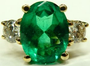 e9863 4.75ct. emerald and 0.85ct. tw diamond ring 001