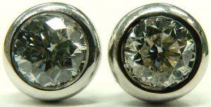 e9870 Roberto Coin diamond stud earrings 18kt white gold