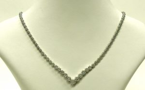 e9877 diamond V necklace 1.70ct.tw. 14 karat white gold 001