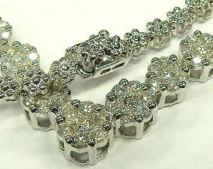 e9877 diamond V necklace 1.70ct.tw. 14 karat white gold 002