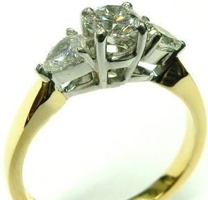 e9927 platinum 18 karat diamond ring