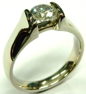 e10046-0-69ct-si1-h-solitaire-diamond-ring-14kt-002