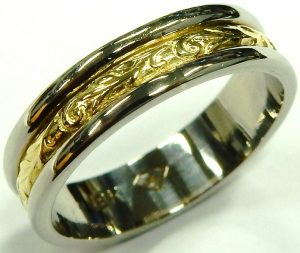 e10080-18kt-wedding-ring-4-2-grams-two-tone