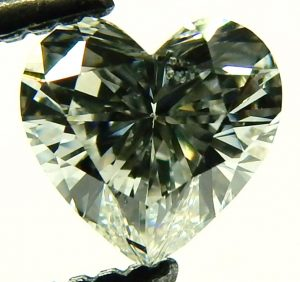 e10098-0-46ct-si2-h-heart-shaped-diamond-001