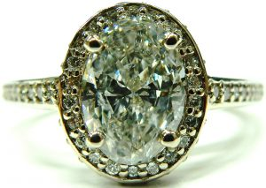 e10147-1-15ct-i1-g-oval-diamond-68046-halo-setting-001