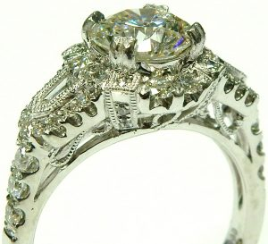 e3739-1-79ct-vs2-i-gia-cert-platinum-halo-diamond-ring-002