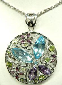 e88c13882 18kt. genuine stone pendant & chain 31.3gr. $2,531.00 CAD. e11037