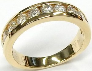 ac60b2888e776 Bill Le Boeuf Jewellers - Barrie, Ontario - rings $1000 and under