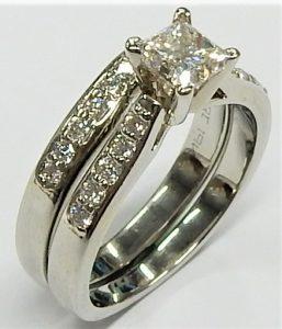Forever Flawless Jewelry 7mm Brushed and High Polished Designer Wave CZs Titanium Wedding Band Size 9